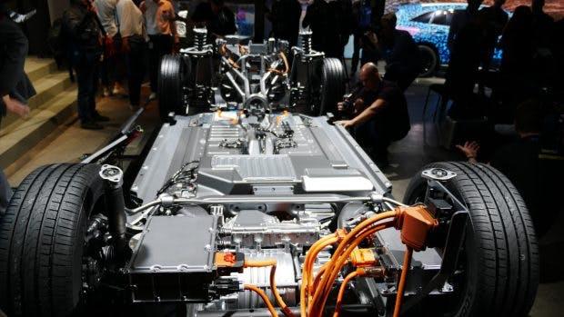 Ein Blick auf den Akku des Mercedes EQC. (Foto: t3n.de)