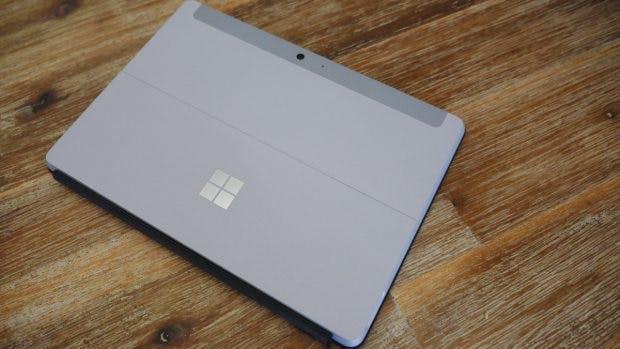 Das Surface Go – ein kompakter Allrounder für Genügsame. (Foto: t3n.de)