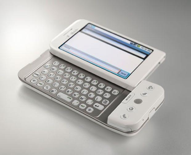 Das T-Mobile G1 hatte ein herausziehbares Keyboard unter dem Display. (Bild T-Mobile)