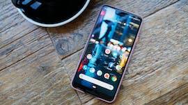 Das Pixel 3 XL im schützenden Case. (Foto: t3n.de)