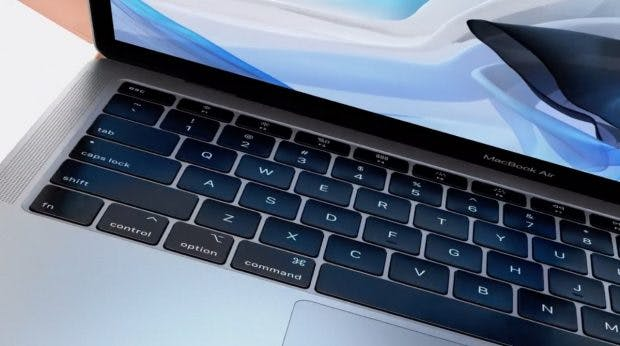 Das neue Macbook Air mit neuem Keyboard. (Screenshot: t3n.de; Apple)