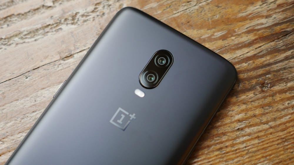 Oneplus 6T -auf der Rückseite ist nur noch die Kamera mit LED-Blitz zu finden. (Foto: Oneplus)