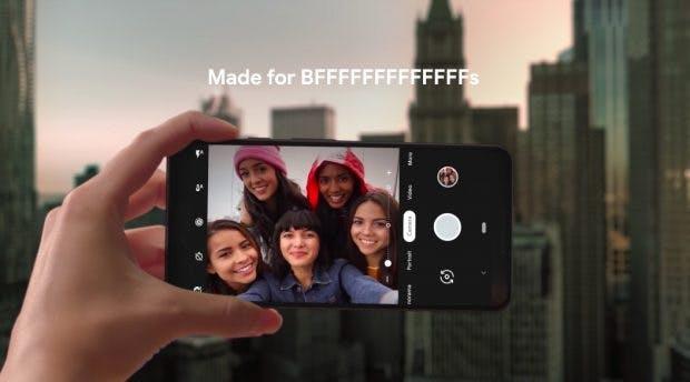 Die neuen Pixel-3-Modelle besitzen jeweils zwei Frontkameras. (Bild: Google)