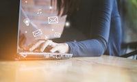 SNS, Lambda und SES: Wie Nachrichtenverarbeitung mit Serverless Computing funktioniert