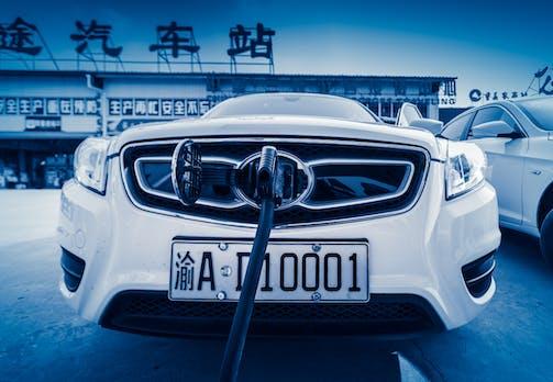 Klotzen statt dieselgipfeln: So hängt China die deutschen Autohersteller ab