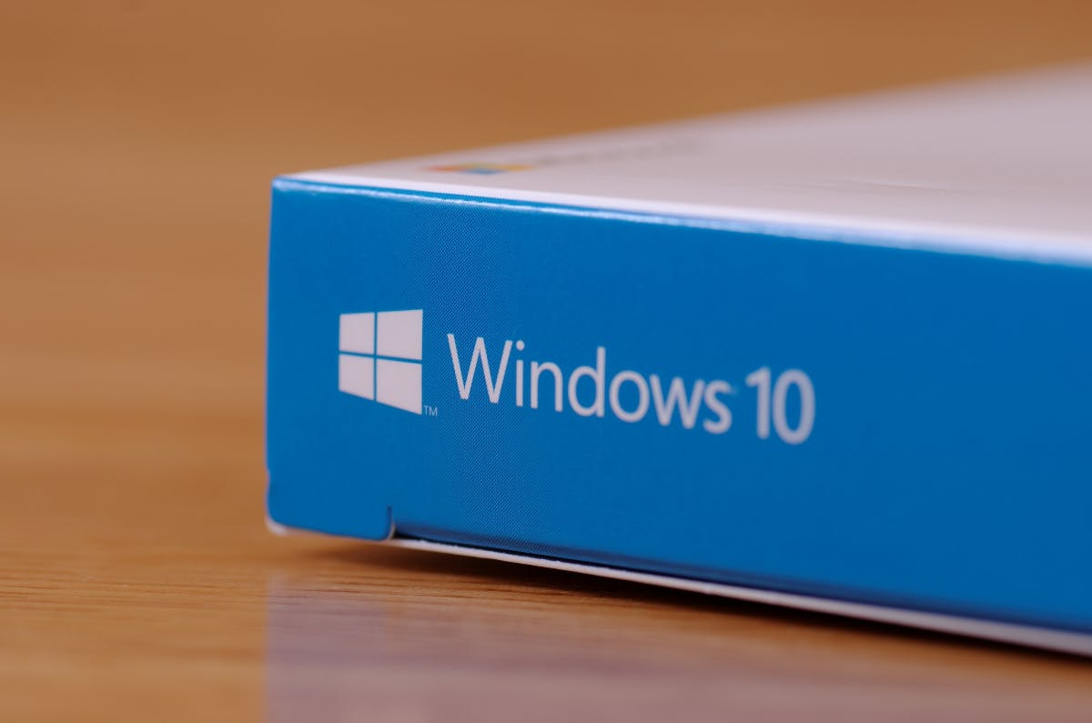 Microsoft Windows 10 - cover