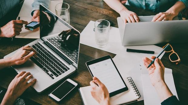 Der typische Gründer: Männlicher Akademiker, 56-Stunden-Woche und FDP-affin – laut einer Studie