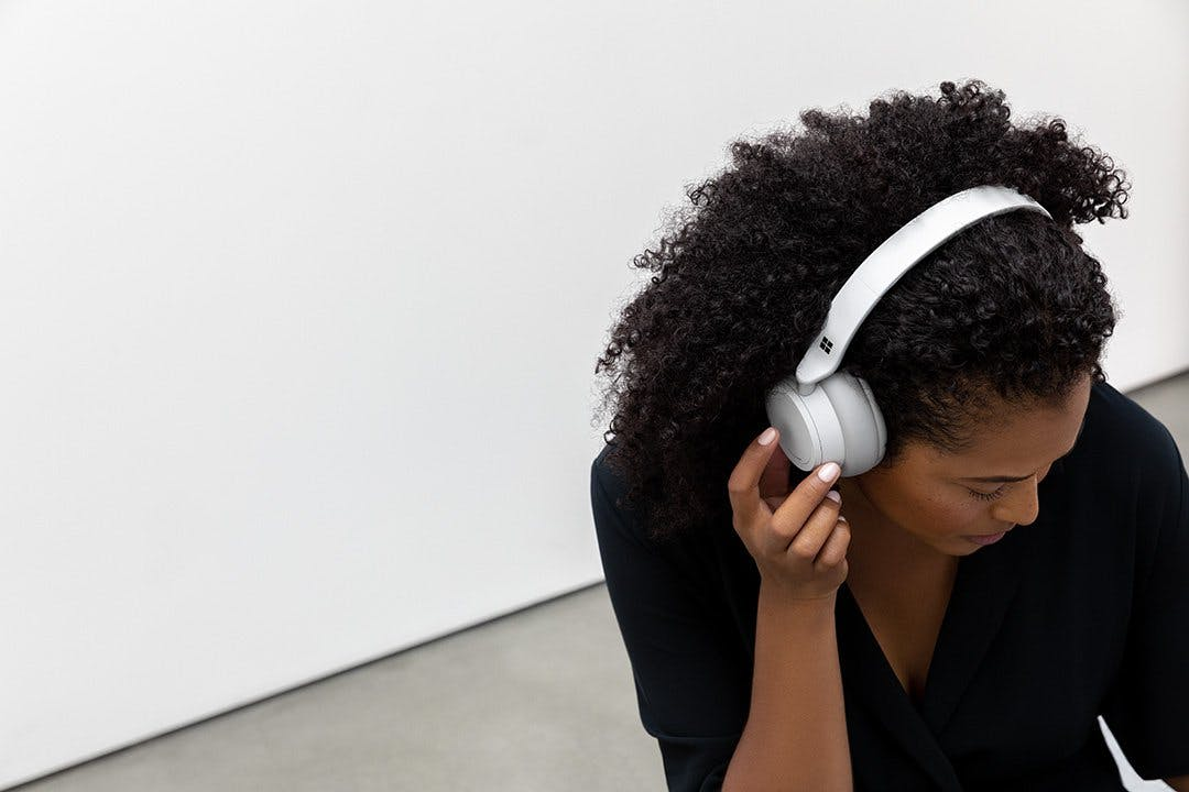 Surface Headphones: Microsofts Noise-Cancelling-Kopfhörer ab 7. März in Deutschland