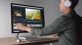 Das Surface Studio 2 ist laut microsoft das schnellste Surface 'ever'. (Screenshot: Microsoft)