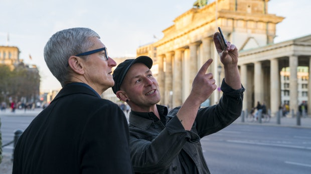 Apple-Chef in Berlin: Cook sieht die DSGVO als Vorbild für den weltweiten Datenschutz