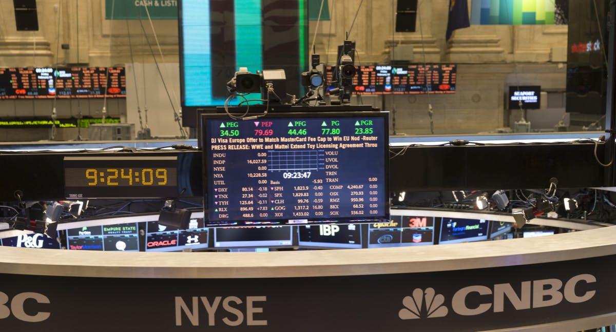 Aktien im Tiefflug: Die 5 Top-Tech-Firmen verlieren zusammen 1 Billion Dollar an Wert