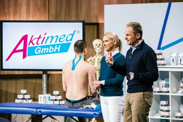 Sabine Kroker-Hohmann und Jens Kroker mit Aktimed (Foto MG RTL D)