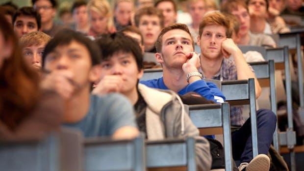 Umfrage: Viele Uni-Absolventen fühlen sich nicht bereit für Digitalisierung
