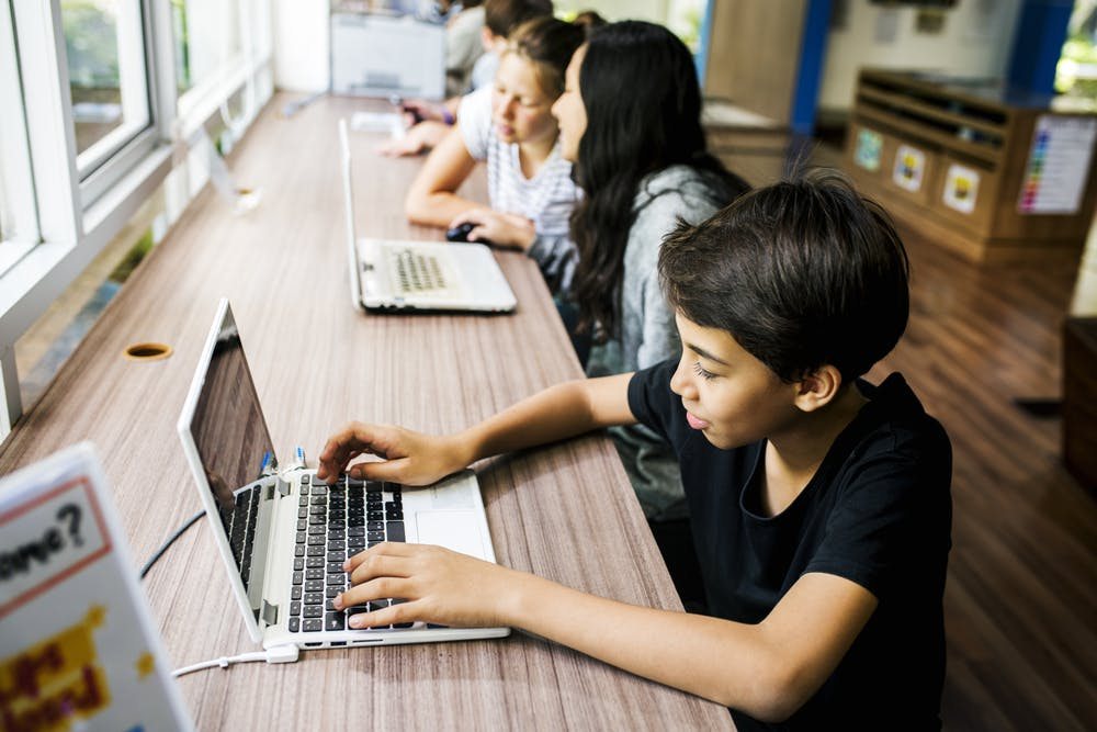 Pflichtfach Informatik – im Schuljahr 2023/2024 geht's in Niedersachsen los