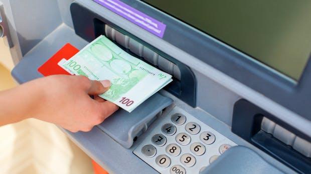 Eleganter Bankraub – manche Geldautomaten lassen sich in weniger als 20 Minuten hacken