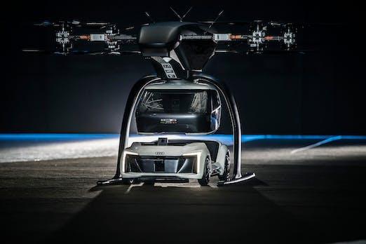 Elektrisches Flugtaxi: Fliegendes und fahrendes Konzept