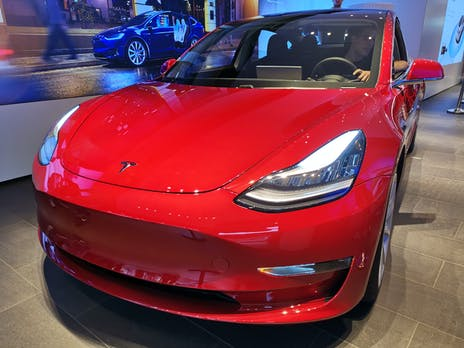 E-Autos verkaufen sich in Norwegen erstmals besser als Verbrenner