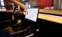 Teslas Spurassistent sorgte angeblich für deutlich mehr anstatt weniger Unfälle