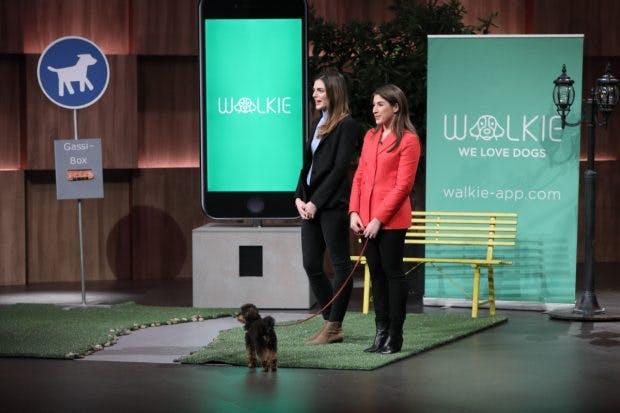 Anna-Alexia Hoffmann (l.) und Lisa Jedlicki von Walkie (Foto: MG RTL D)