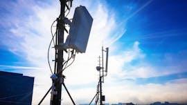 26.11.: In Deutschland werden die Weichen für den Ausbau des superschnellen 5G-Datenfunks gestellt. Die Bundesnetzagentur legt Vergaberegeln für die Versteigerung von 5G-Frequenzen im Frühjahr 2019 fest. Bis Ende 2022 sollen mindestens 98 Prozent der Haushalte in Deutschland Zugang zum schnellen Mobilfunk haben. (Foto: Tadej Pibernik/Shutterstock)