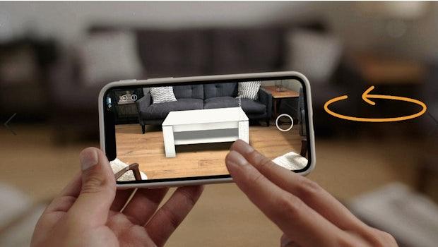 Auf dem Display könnt ihr die Produkte hin und her bewegen. (Foto: Amazon)
