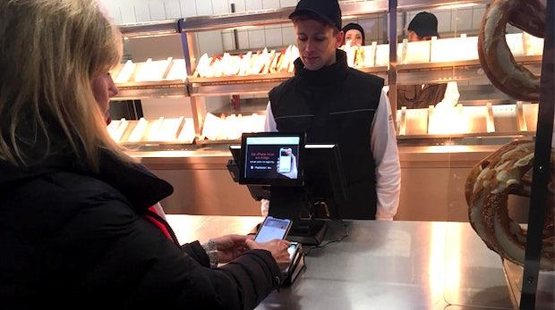 Apple Pay als Paukenschlag: Die Auswirkungen auf Kunden und Händler