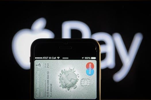 Zahlen per Smartphone: Paypal beliebter als Apple Pay