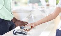 Commerzbank und Sparkasse starten mit Apple Pay
