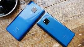 Huawei Mate 20 X neben dem Mate 20 Pro. (Foto: t3n.de)