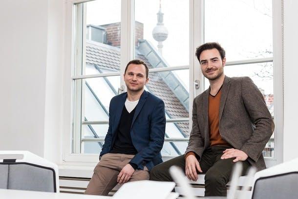 DIe Monoqi-Gründer Felix Schlegel und Simon Fabich. (Foto: Monoqi)