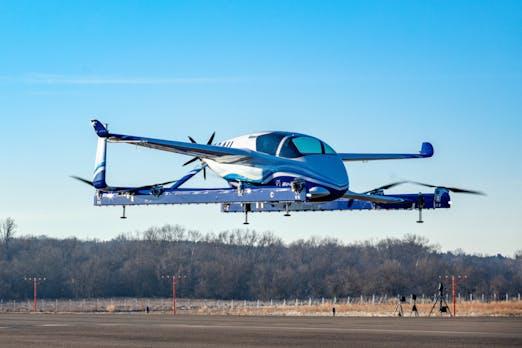 Fliegender Prototyp: Autonomes Boeing-Lufttaxi hebt ab