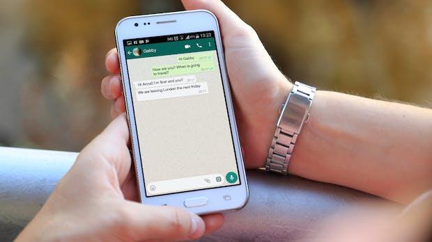 Whatsapp-Bug: Eine Nutzerin findet einen fremden Chat auf neuem Handy