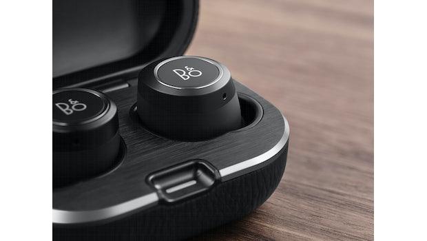 Der Bang & Olufsen Beoplay E8 2.0 in der Farbe Black. (Foto: Bang & Olufsen)