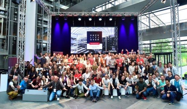 Die Teilnehmer des Hackitover 2018. (Foto: Talanx AG)