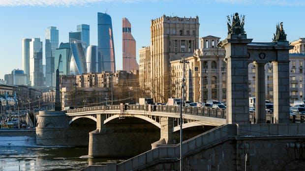 Russische Behörde will gegen Facebook und Twitter vorgehen