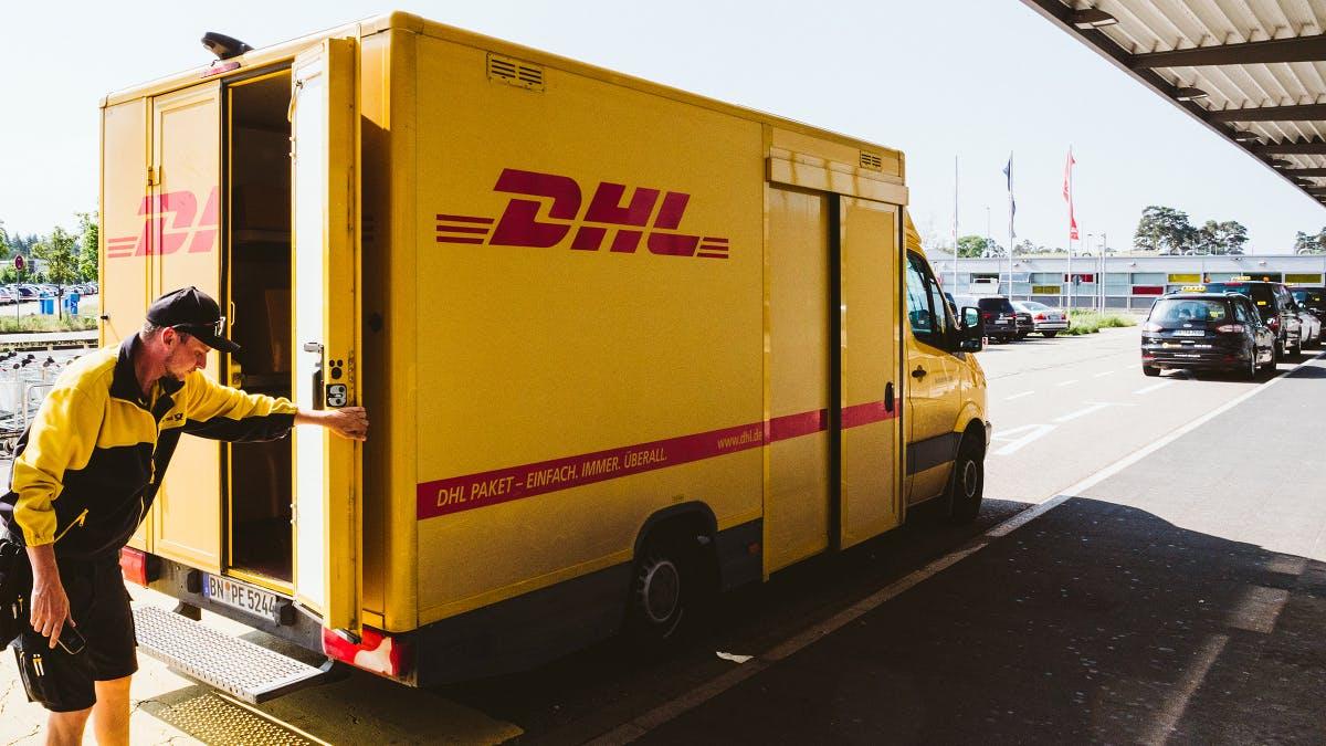 Zweiklassen-Arbeitsstelle: Post legt Paketzustellung mit Billigtochter zusammen