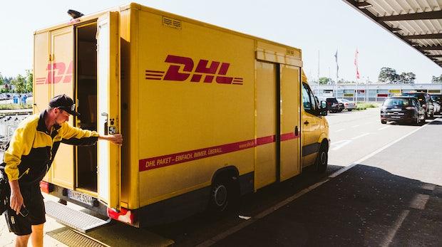 """DHL will Pakete """"just in time"""" zustellen - und setzt Fahrer so noch mehr unter Druck"""