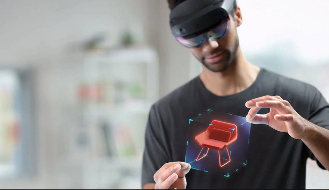 Microsoft kündigt Hololens-2-Start, neue Azure-KI-Tools, IoT-Plug-and-Play und mehr an