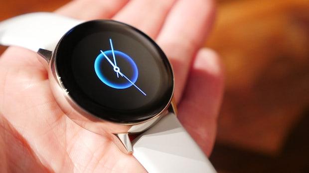 Kabellos aufladbar per Galaxy S10: Samsung kündigt Watch Active und Buds an