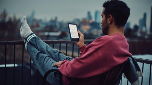 Amazon: Neuer 80-Euro-Kindle kommt mit Display-Beleuchtung