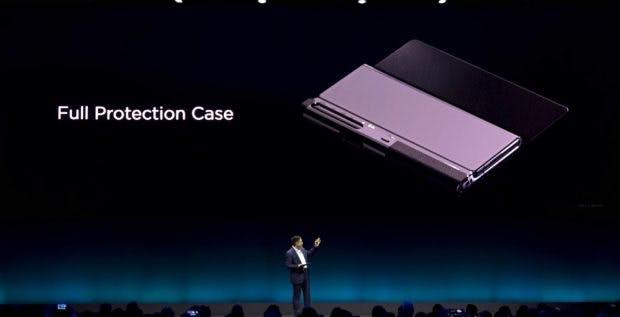 Huawei bietet für sein Foldable Mate X eine spezielle Hülle an. (Screenshot: t3n; Huawei)