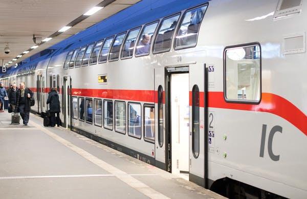 Deutsche Bahn: WLAN kommt bis 2021 in den IC