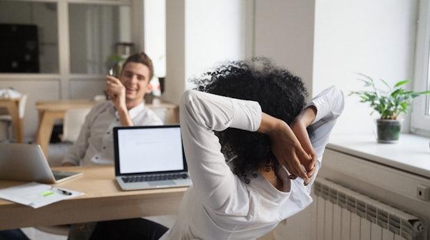Jogging im Büro: 3 Säulen für gesunde und entspannte Mitarbeiter