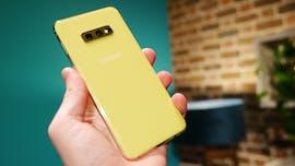 Das Samsung Galaxy S10e gibt es auch in gelb. (Foto: t3n)