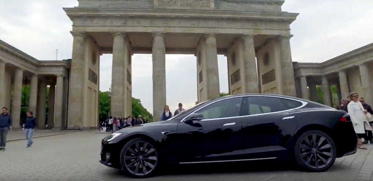 Digitalgipfel im Tesla: Was diese 7 Szeneköpfe im Changerider zu sagen hatten