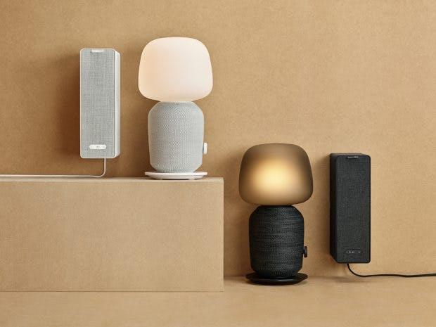 Ikea Symfonisk: Die neuen Produkte kommen in zwei Farben. (Foto: Ikea)