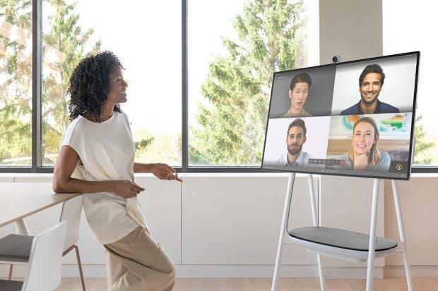 Surface Hub 2 als Beispiel für mobile Videokonferenz-Systeme