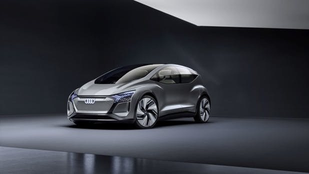 Audi-Stadtstromer kommuniziert mit Fußgängern über Lichtsymbole