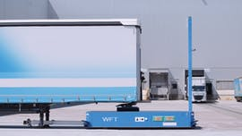 Autotrailer bewegt LKWs autonom im BMW-Group-Werk Leipzig. (Foto: BMW)