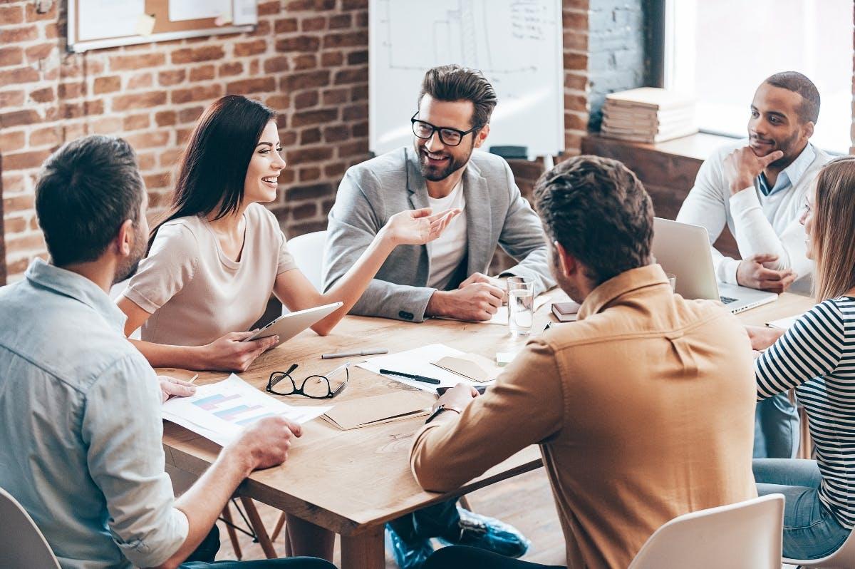 Warum du nicht mehr als 10 Mitarbeiter führen solltest